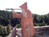 Socha poustevníka na hradě Sloup